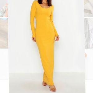 Long Sleeve Scoop Neck Ribbed Maxi Dress